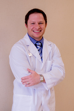 dr matthew kaplan of a and e audiology hearing aid center